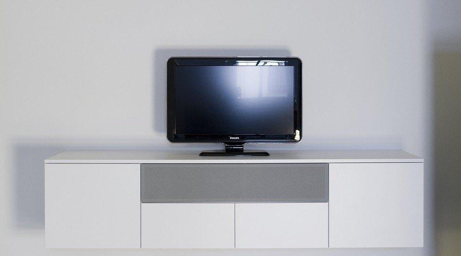 Hangend tv / audio dressoir 190 x 45 x45Uitgevoerd in Melamine wit € ...